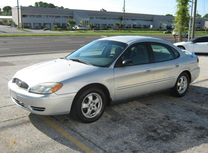 2007 ford taurus se for sale in tarpon springs florida classified. Black Bedroom Furniture Sets. Home Design Ideas