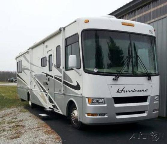 2007 Four Winds Hurricane 34S For Sale in Avon, Indiana