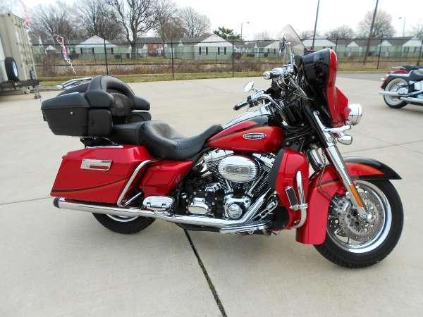 2007 Harley-Davidson FLHTCUSE2 Screamin' Eagle Ultra