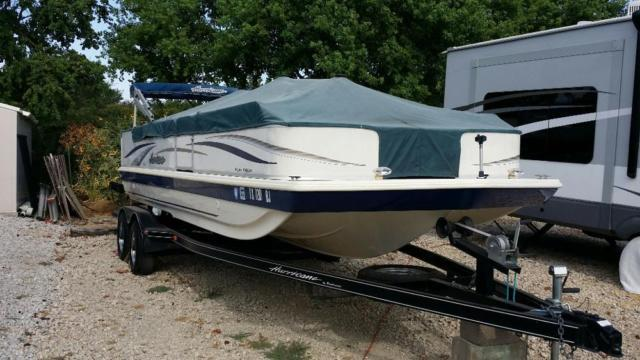 2007 Hurricane Fun Deck 226 CC - $17500 (Ray Hubbard)