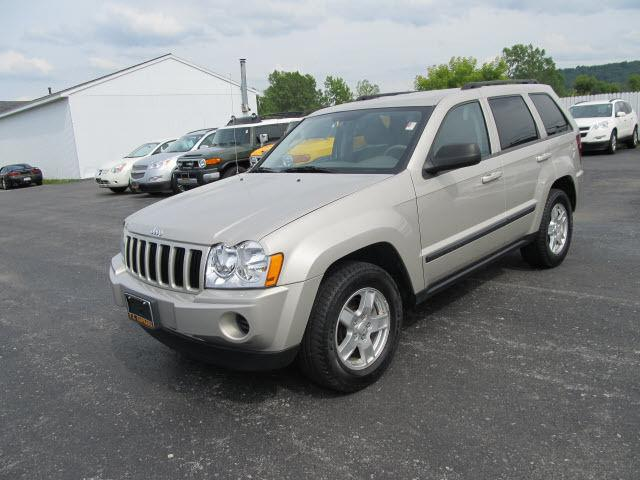 2007 jeep grand cherokee laredo for sale in watertown new york classified. Black Bedroom Furniture Sets. Home Design Ideas