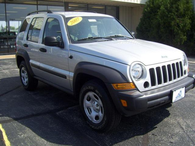 2007 jeep liberty sport for sale in oshkosh wisconsin classified. Black Bedroom Furniture Sets. Home Design Ideas