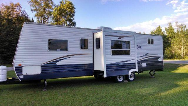 2007 Keystone Hornet 29 Bunkhouse Excellent Condition