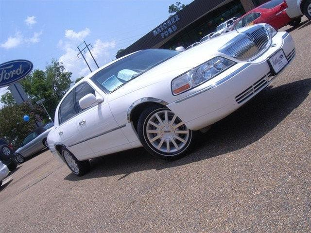 2007 Lincoln Town Car Signature For Sale In Natchez Mississippi