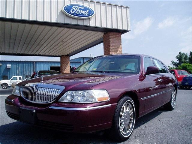 2007 lincoln town car signature limited for sale in elkton virginia classified. Black Bedroom Furniture Sets. Home Design Ideas