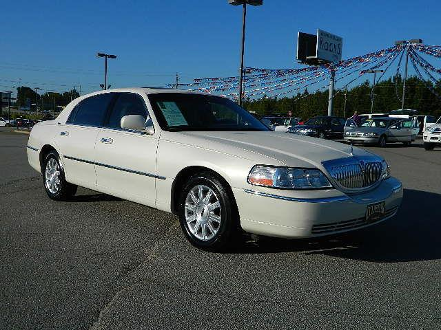 2007 lincoln town car signature limited for sale in thomson georgia classified. Black Bedroom Furniture Sets. Home Design Ideas