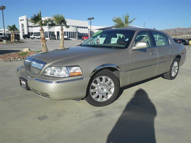 2007 lincoln town car signature limited signature limited 4dr sedan for sale in lake havasu city. Black Bedroom Furniture Sets. Home Design Ideas