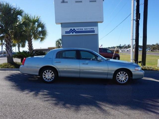 2007 lincoln town car signature signature 4dr sedan for for Moss motors lafayette la used cars