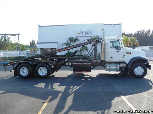 2007 Mack CTP713 Roll Off Truck Stock 03570