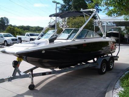 2007 Mastercraft boat! Like new, only 220 hours of use