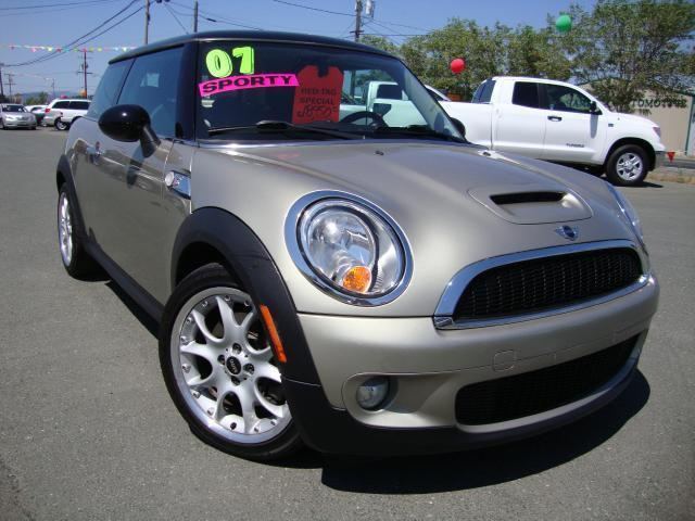 2007 mini cooper s for sale in lakeport california classified. Black Bedroom Furniture Sets. Home Design Ideas