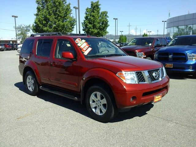 2007 Nissan Pathfinder S S 4dr SUV 4WD