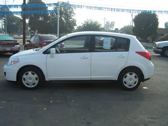 2007 nissan versa s for sale in farmersville california classified. Black Bedroom Furniture Sets. Home Design Ideas