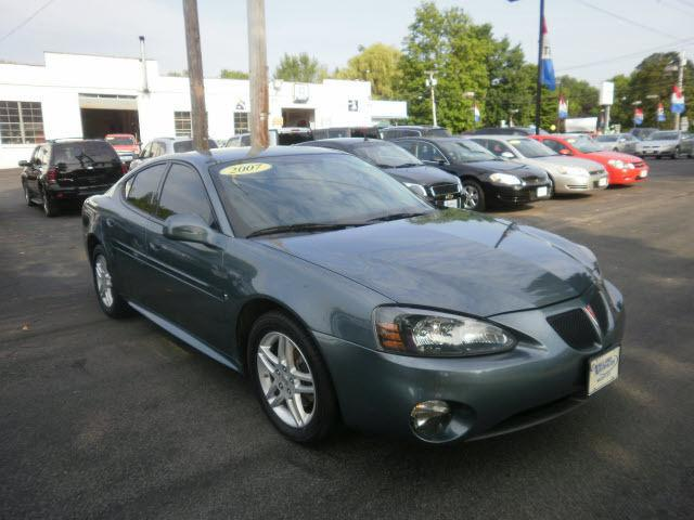 2007 pontiac grand prix gt for sale in williamson new york classified. Black Bedroom Furniture Sets. Home Design Ideas