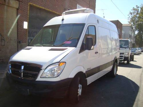 2007 Sprinter 3500 Reefer Van - Thermo King reefer unit