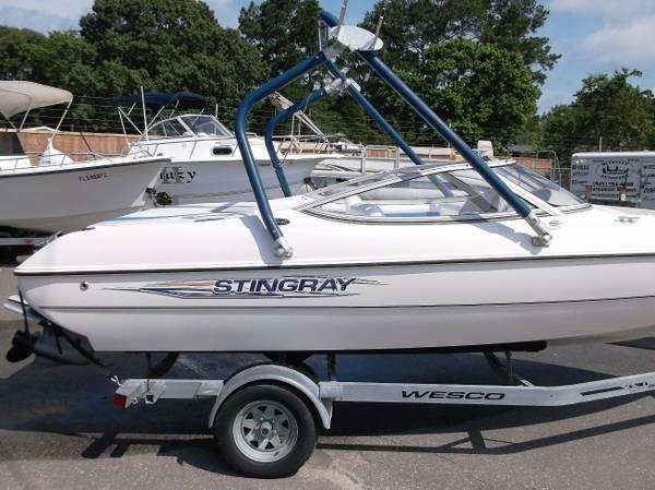 American 180 Full Auto For Sale: 2007 Stingray 180RX, Excellent Condition, Wakeboard Tower