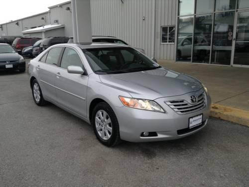 2007 toyota camry 4 door sedan xle for sale in crystal lake illinois classified. Black Bedroom Furniture Sets. Home Design Ideas