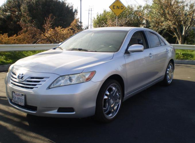 2007 toyota camry silver for sale in northridge california classified. Black Bedroom Furniture Sets. Home Design Ideas