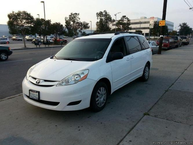 2007 toyota sienna ce fwd 7 passenger for sale in firestone park california classified. Black Bedroom Furniture Sets. Home Design Ideas