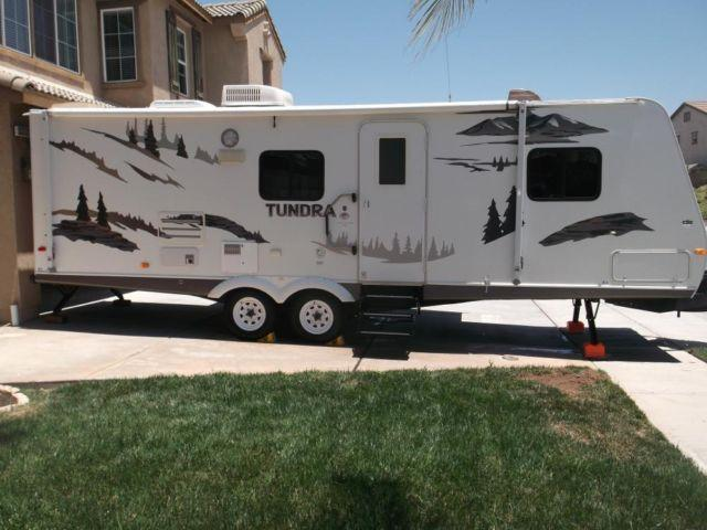 2007 tundra by thor 27ft travel trailer ultra lite wt for sale in murrieta california. Black Bedroom Furniture Sets. Home Design Ideas