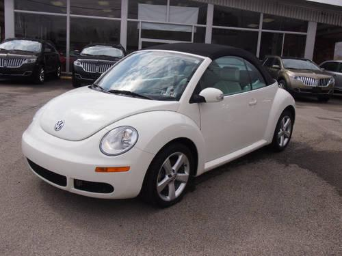 2007 Volkswagen New Beetle Convertible Conv Triple White for Sale in Dunbar, Pennsylvania ...