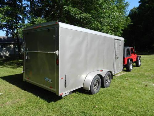 2007 Wells Cargo Road Force 16x7 enclosed trailer