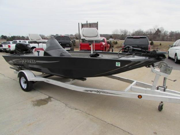2007 xpress sv16 aluminum fishing boat midway power for Best aluminum fishing boat for the money