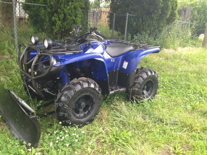 2007 Yamaha Grizzly at $2000