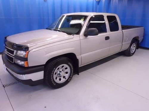 2007 chevrolet silverado 1500 classic 4d extended cab work truck for sale in vermilion ohio. Black Bedroom Furniture Sets. Home Design Ideas