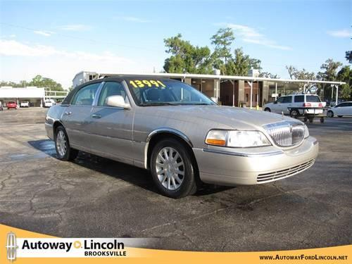 2007 lincoln town car for sale in brooksville florida classified. Black Bedroom Furniture Sets. Home Design Ideas