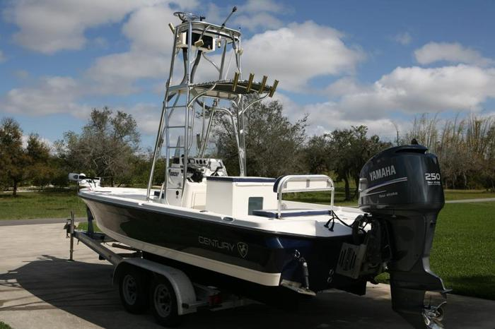 2008 century 2202 inshore w yamaha 250 only 128 hours wow for Century motors of south florida
