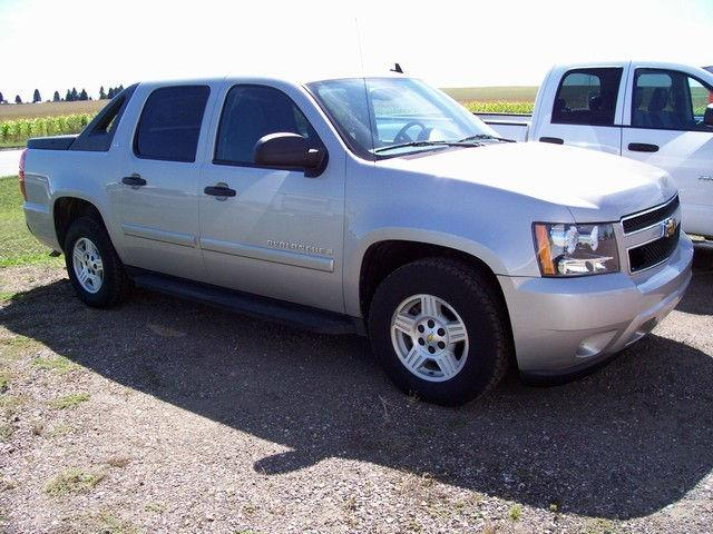 2008 chevrolet avalanche for sale in canton south dakota. Black Bedroom Furniture Sets. Home Design Ideas