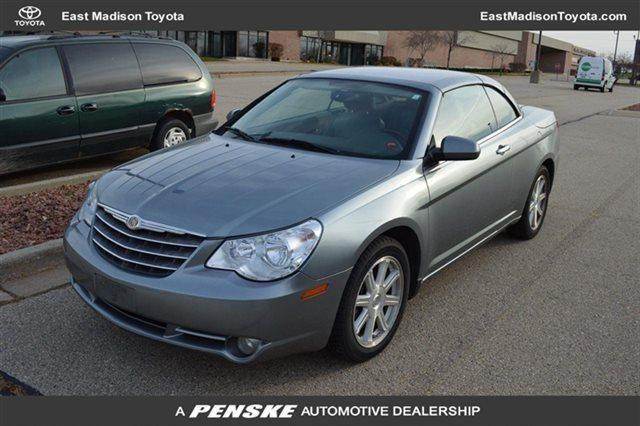 2008 chrysler sebring convertible 2dr convertible limited fwd for sale in madison wisconsin. Black Bedroom Furniture Sets. Home Design Ideas