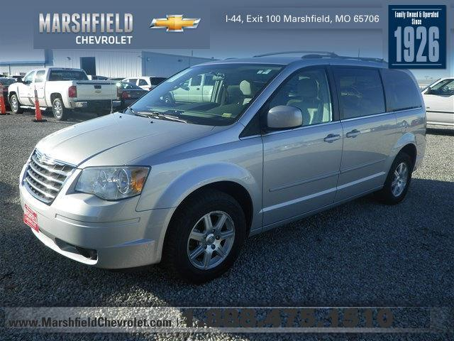 2008 chrysler town and country touring touring 4dr mini van for sale in marshfield missouri. Black Bedroom Furniture Sets. Home Design Ideas