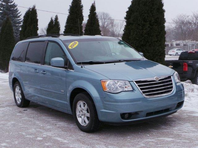 2008 chrysler town and country touring touring 4dr mini van for sale in meskegon michigan. Black Bedroom Furniture Sets. Home Design Ideas