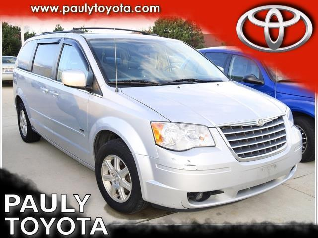 2008 chrysler town and country touring touring 4dr mini van for sale in crystal lake illinois. Black Bedroom Furniture Sets. Home Design Ideas