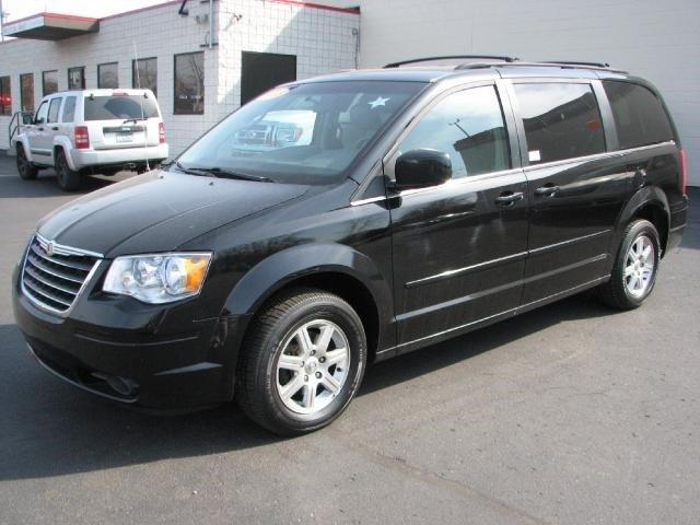 2008 chrysler town country touring 4dr minivan for sale in wyoming michigan classified. Black Bedroom Furniture Sets. Home Design Ideas