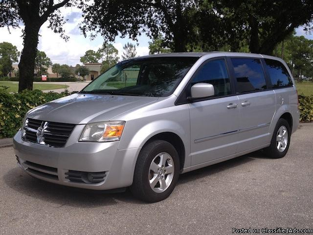 2008 dodge grand caravan sxt stow n go seating for 7 loaded for sale in fort myers florida. Black Bedroom Furniture Sets. Home Design Ideas