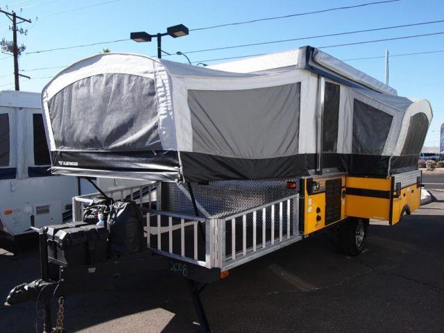 2008 Fleetwood E 3 Hybrid Pop Up Toy Hauler Lightly