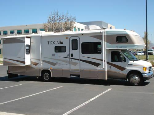 2008 Fleetwood Tioga 31M - 9,700 miles Reduced to - $54995 SW Boise