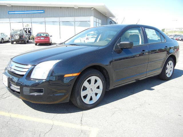 2008 ford fusion s 2008 ford fusion s car for sale in marshalltown ia 4365493937 used cars. Black Bedroom Furniture Sets. Home Design Ideas