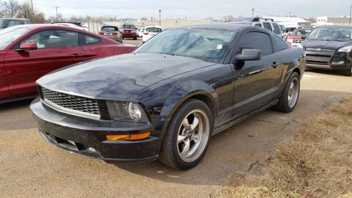 2008 ford mustang gt deluxe gt deluxe 2dr coupe for sale in murfreesboro tennessee classified. Black Bedroom Furniture Sets. Home Design Ideas