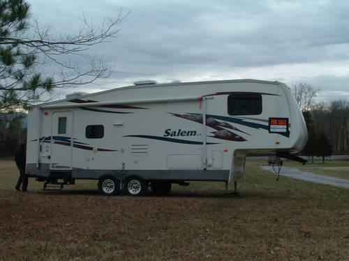 2008 FOREST RIVER 5th WHEEL CAMPER