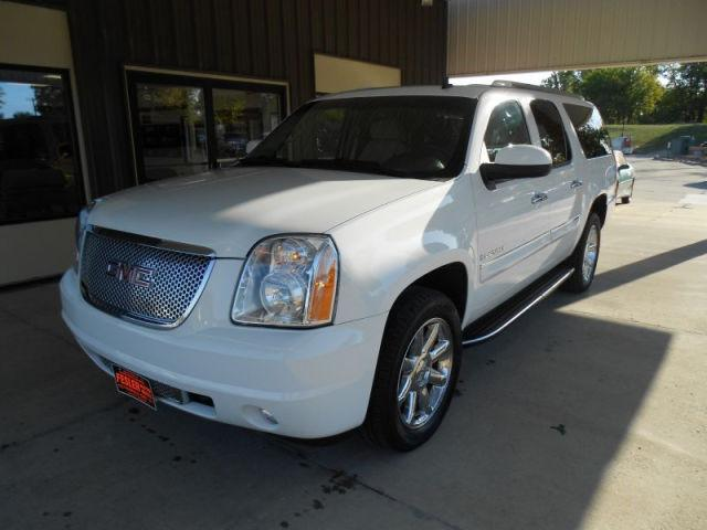 2008 gmc yukon xl denali for sale in fairfield iowa classified. Black Bedroom Furniture Sets. Home Design Ideas