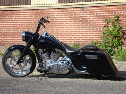2008 Harley-Davidson Touring in black