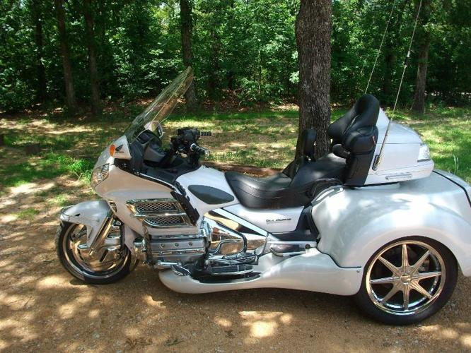 2008 honda gold wing 1800 trike for sale in oklahoma city. Black Bedroom Furniture Sets. Home Design Ideas