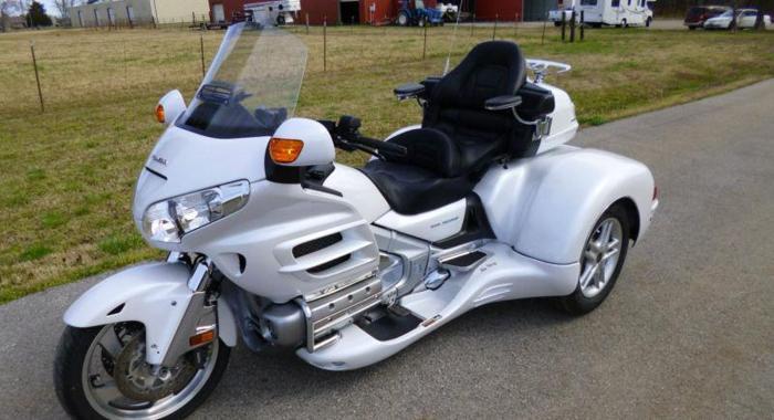 2008 Honda Goldwing GL1800 Roadsmith Trike   Price: