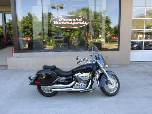 2008 honda shadow aero 750 w hard bags and windscreen for sale in west palm beach florida. Black Bedroom Furniture Sets. Home Design Ideas