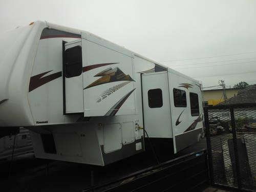 2008 KEYSTONE RAPTOR TOY HAULER 5TH WHEEL-3 SLIDES for Sale