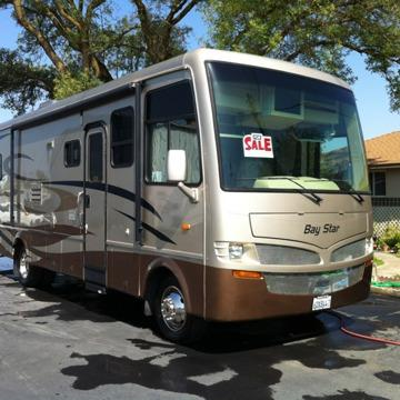 2008 Newmar Bay Star 3201 Class A Motorhome with 17K miles